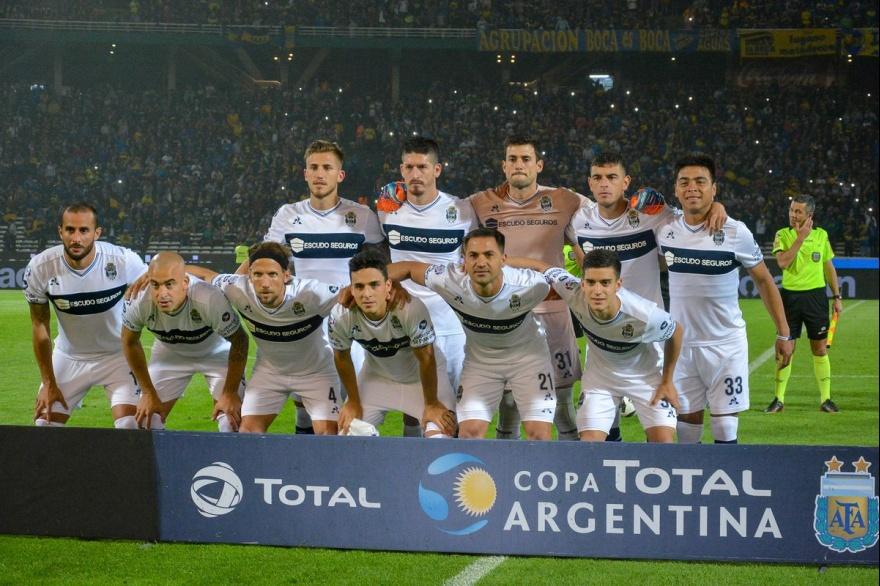 Gimnasia La Plata sorprendió en Córdoba a Boca y lo eliminó
