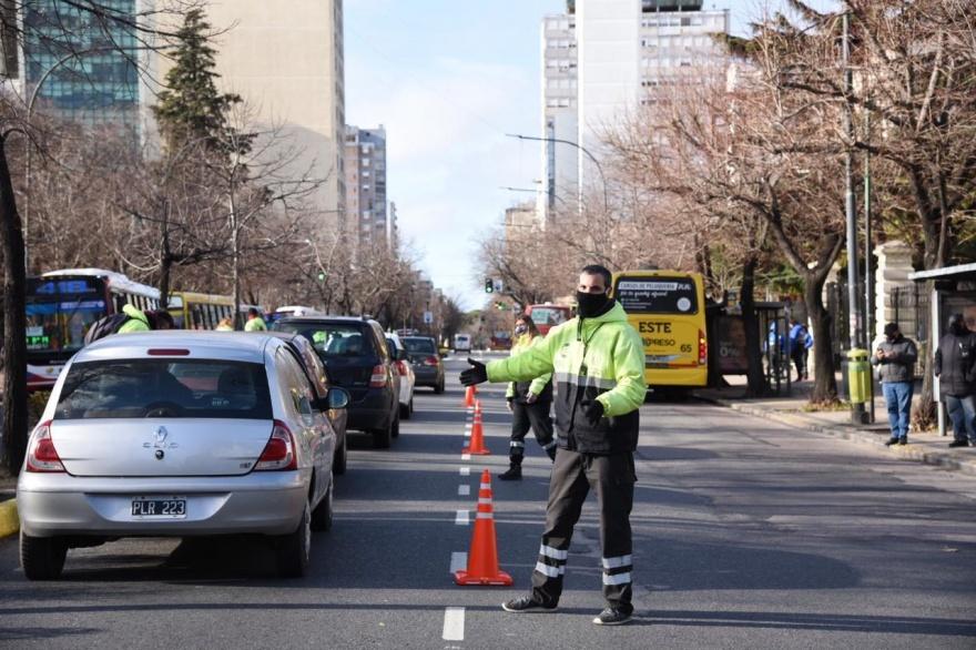 Mega controles en La Plata con despliegue de más de 500 agentes ...